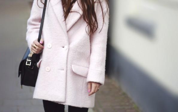 pink coat 1_Fotor