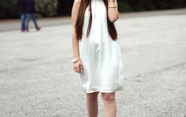 white silk dress 5_Fotor